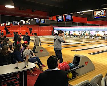 Bowling 300x374